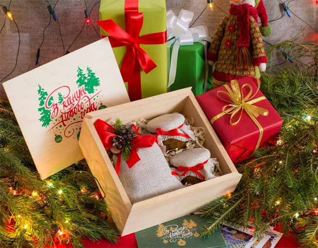 Новогодние подарки тренерам